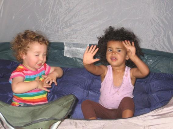 Kindeswohl; zwei Kinder äußern sich unterschiedlich in der selben Situation