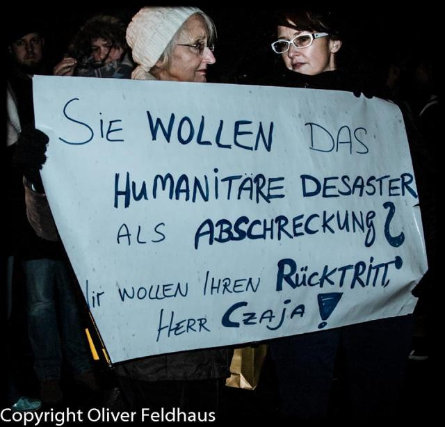 Berlin LaGeSo 29/11/2015 (c) Oliver Feldhaus